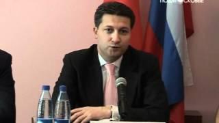 Тимур Иванов провел рабочее совещание в Шатуре(http://mosobltv.ru/ Темой обсуждения стали достижения и проблемы местных энергетиков. Заместитель председателя..., 2012-07-13T07:31:48.000Z)