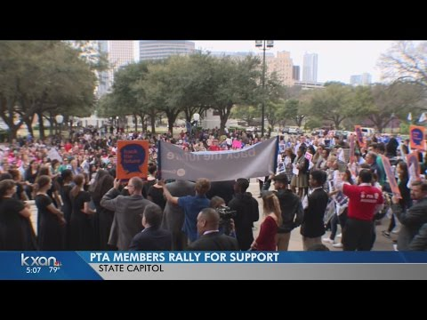 1,600 Texas PTA members rally at Capitol
