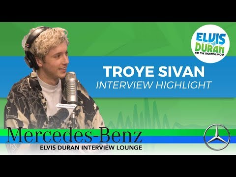 Why Troye Sivan Freaked Out Before His SNL Performance | Elvis Duran Interview Highlight