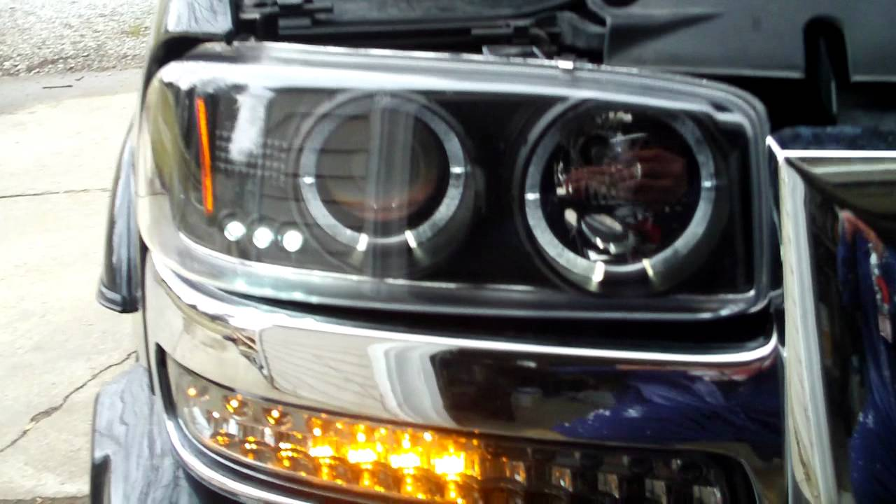 dash z racing led bumper lights 04 sierra youtube. Black Bedroom Furniture Sets. Home Design Ideas