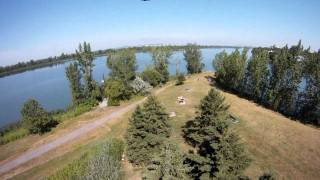 QuadCopter  maiden at Brossard flying near Saint-Lawrence River and A132 (Quebec) Go pro HD