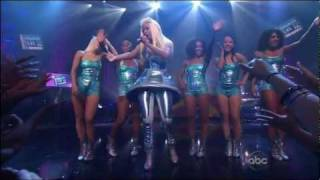 Nicki Minaj - Super Bass (2011 New Year