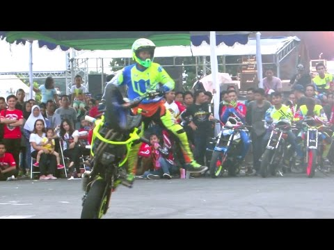 Memukau Penonton!! GHANI GRIMALDI Freestyle Motor Sport Profesional Loenpia Xtreme Semarang (JBF)