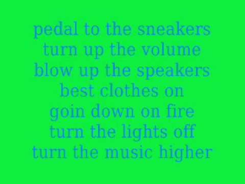 3OH!3 We Are Young - Karaoke Lyrics