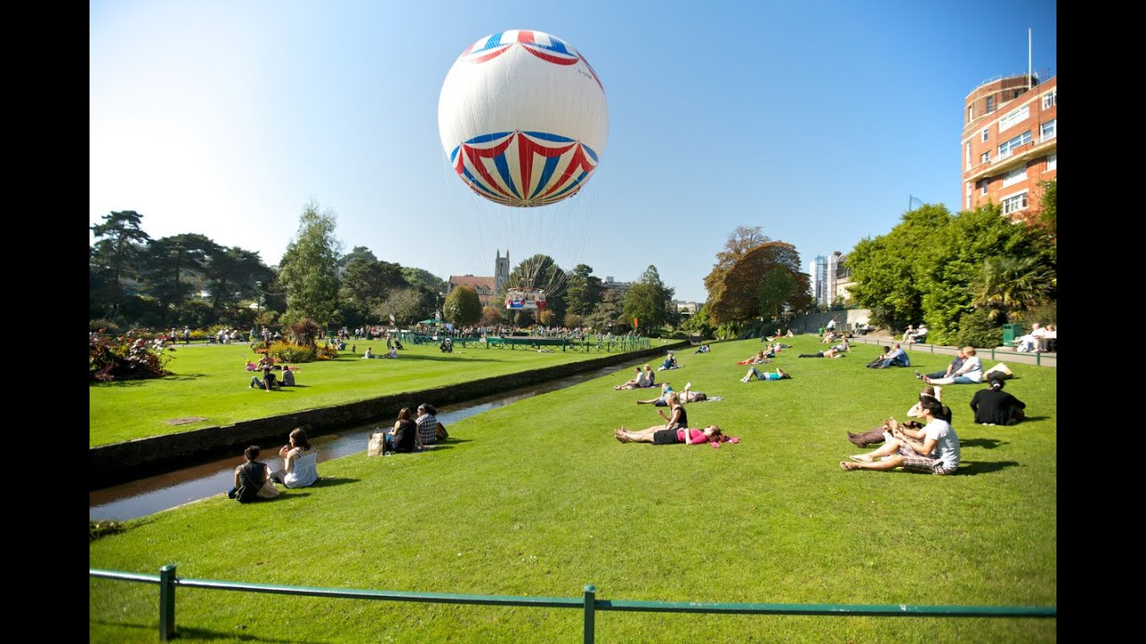 Bournemouth Travel Guide