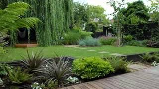 Gambar cover DIY Modern garden design ideas