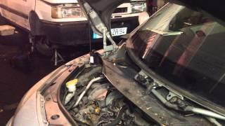 Renault Megane Scénic : Démonter les carénages moteur