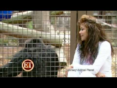La Toya Jackson - Reunion With Bubbles (June 2010)