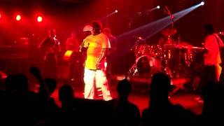 Barrington Levy - Living Dangerously live!