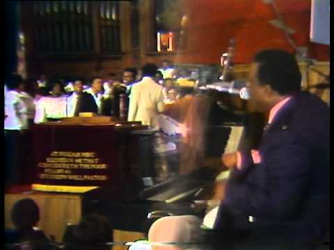 Rev. James Cleveland - Only A Look