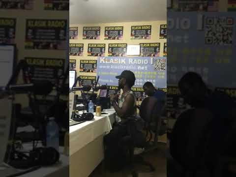 Akosua Interviews Bisa Kdei