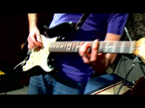 Addicted To Love - Robert Palmer (Guitar Coach) | Guitar Songs