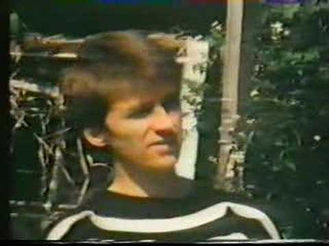 Neil Finn interview 1984