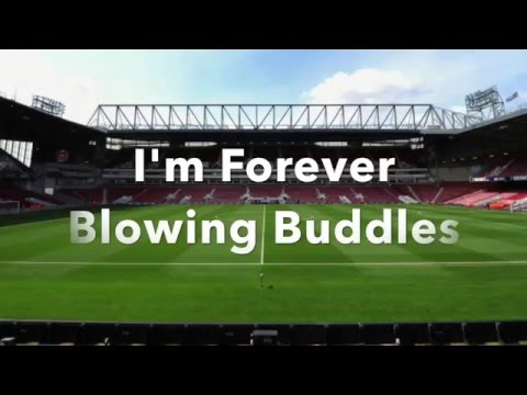 I'm Forever Blowing Bubbles - West Ham Lyrics