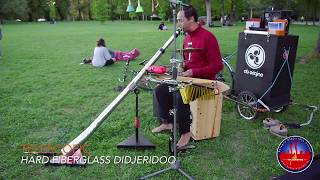 Gianni Placido playing telescopic hard fiberglass didjeridoo