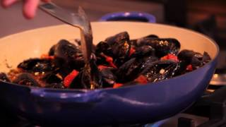 SNP Eating Heart Healthy: Mussels In Garlic Broth