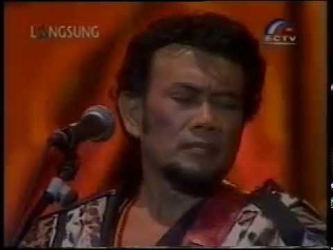 Laa ilaha illallah-Rhoma Irama Konser Raja Ratu tahun baru 2002