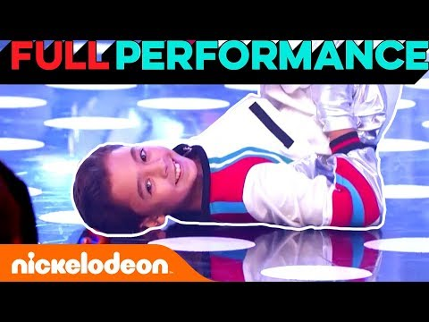 """Eien Performs """"Paradise"""" by Coldplay 