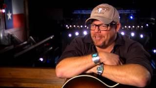 "Pat Green Performs ""Girls From Texas"" on The Texas Music Scene TV"