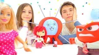 Барби, Свинка Пеппа и Земляничка на вечеринке. Приключения Барби - Мультики для девочек