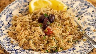 Greek Lentil & Rice Pilaf: Fakorizo VEGAN