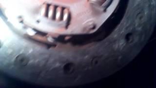 видео Замена сцепления ВАЗ 2110 без снятия коробки и слива масла