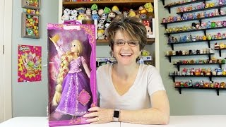 DISNEY'S RAPUNZEL DOLL WITH LIGHT UP HAIR AND LANTERN - OPENING AND REVIEW
