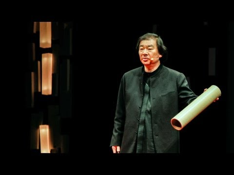 Shigeru Ban: Emergency shelters made from paper