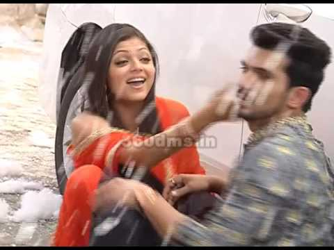 Pardes Mein Hai Mera Dil | A Cute Romantic Scene Of Naina And Raghav | On Location thumbnail