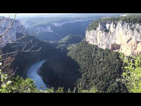 Ardèche, la route des  Belvédères.