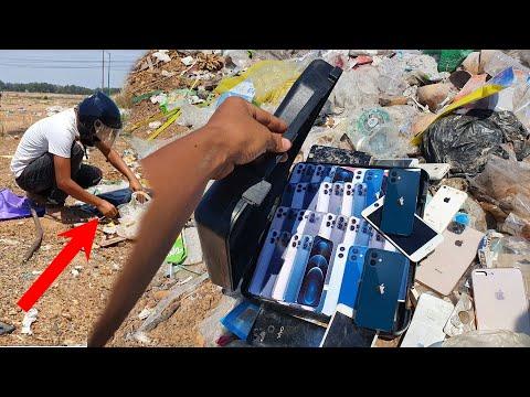 Found a lot of broken phones and more!   Restoring Abandoned Destroyed Phone   Rebuild Broken phone