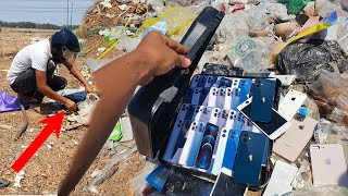 Found a lot of broken phones and more! | Restoring Abandoned Destroyed Phone | Rebuild Broken phone