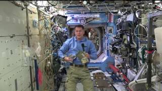 space station commander celebrates thanksgiving in orbit