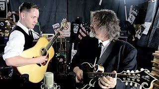 Billy Strings and Don Julin - 'Little Maggie' ::: Second Story Garage