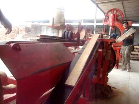 Maquina de corte de tiras de madera para palets youtube for Listones de madera para palets
