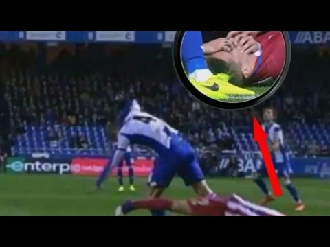Tragic !Fernando Torres Head Injury | Deportivo La Coruna ...