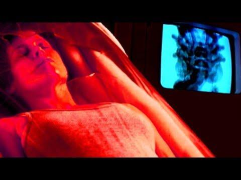 Sigourney Weaver gets a chestburster in the 1986 film ...
