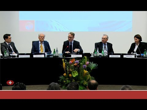 Panel: The global financial system, the real rate of interest and a long history of boom-bust cycles