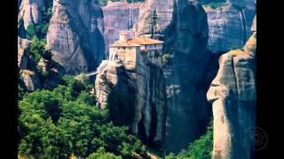 Монастыри в Метеорах. Греция(Монастыри в Метеорах - один из крупнейших монастырских комплексов в Греции, прославленный, прежде всего,..., 2014-05-26T18:21:17.000Z)