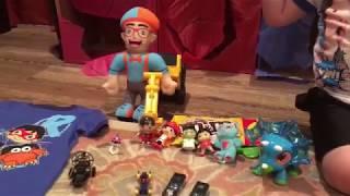 Giant Smash Surprise Toys Wall