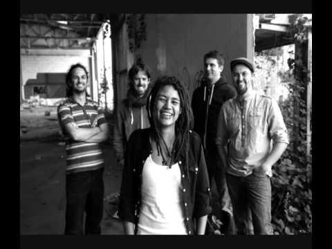 The Sunvizors - Music Box