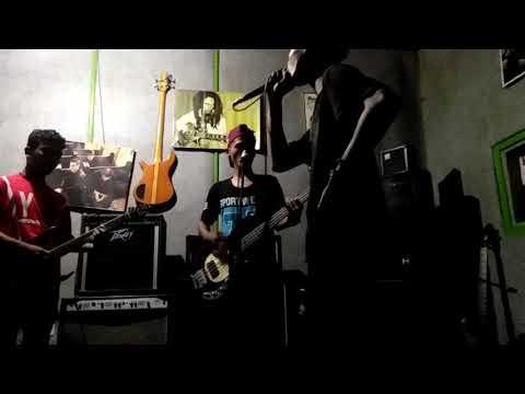 Crewsakan - Kau Pergi (Cover Paroged)