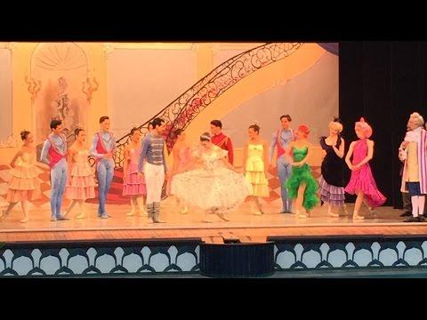 👸🏻 CINDERELLA at Pantomine Theatre (Tivoli Gardens, Copenhagen, Denmark) 👑