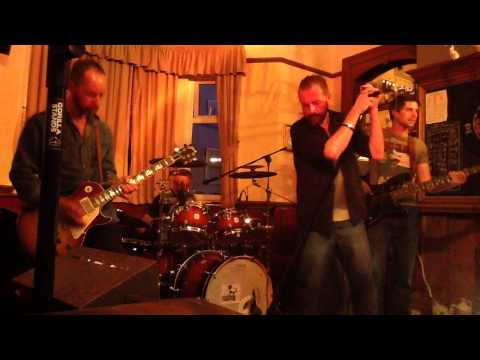 The Ocean Led Zeppelin cover by Black Cat Bone at the Zetland pub July 2015