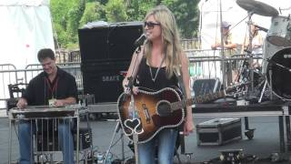 Watch Sunny Sweeney Worn Out Heart video