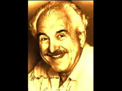American actor Louis Zorich Died at 93
