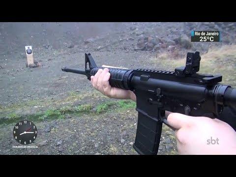 Arma mais usada em massacres nos EUA é vendida para civis | SBT Brasil (17/02/18)