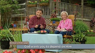 The God Kind of Love Brings Blessing with Kenneth and Gloria Copeland (Air Date 6-20-17)