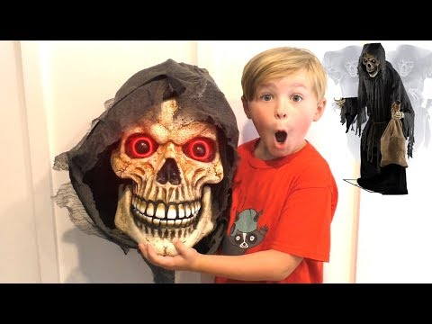 The Collector Halloween Animatronic Unboxing!