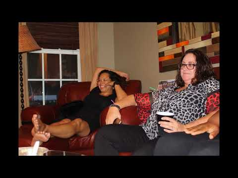 Karaoke Night at the Brewton Boutique -images